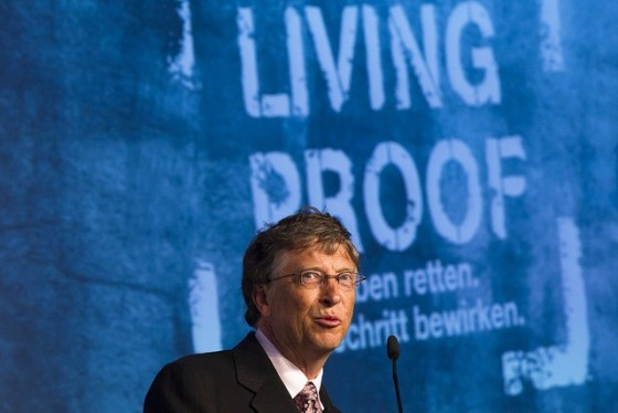 Bill Gates shakes hands with president Christian Wulff