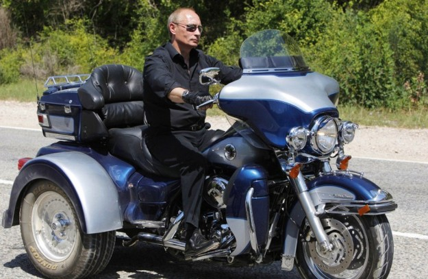 Russian Prime Minister Vladimir Putin ri